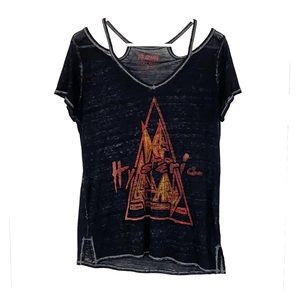Lucky Brand Def Leppard cold shoulder tee small